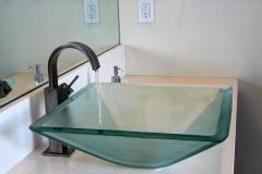 burt-master-bath-2