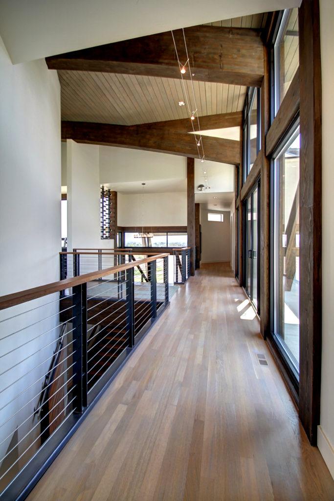 burt-hallway-1