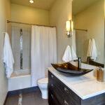 burt guest suite bath